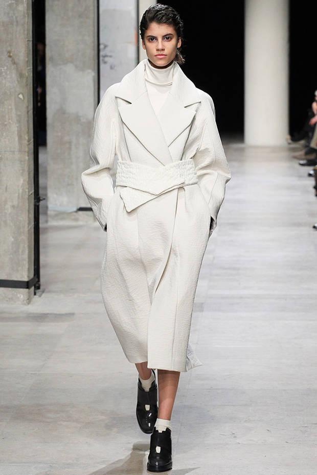 pantone blanco vanidad leonard