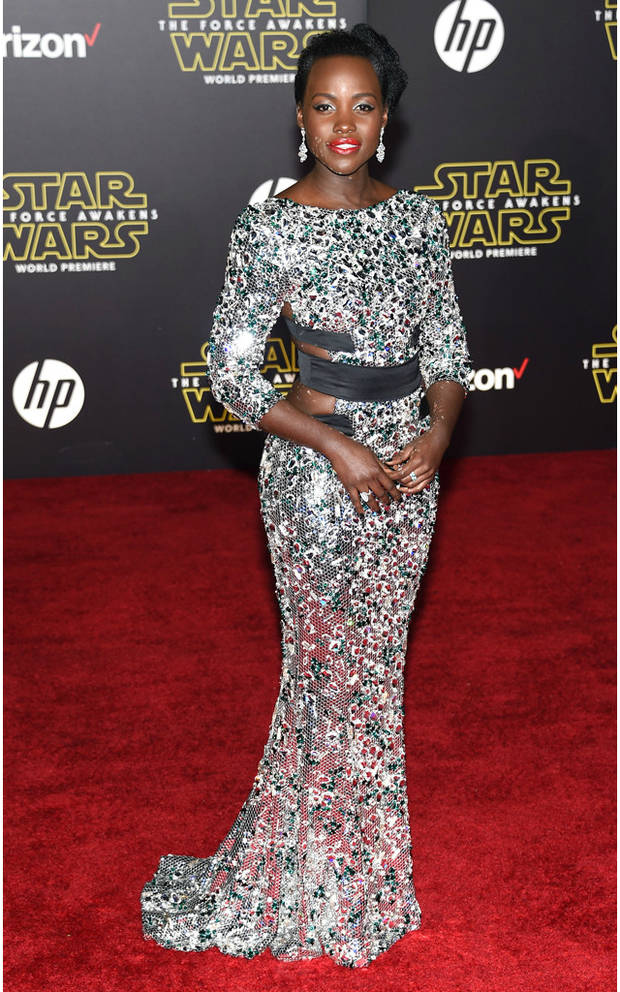 looks impactantes Lupita Star wars