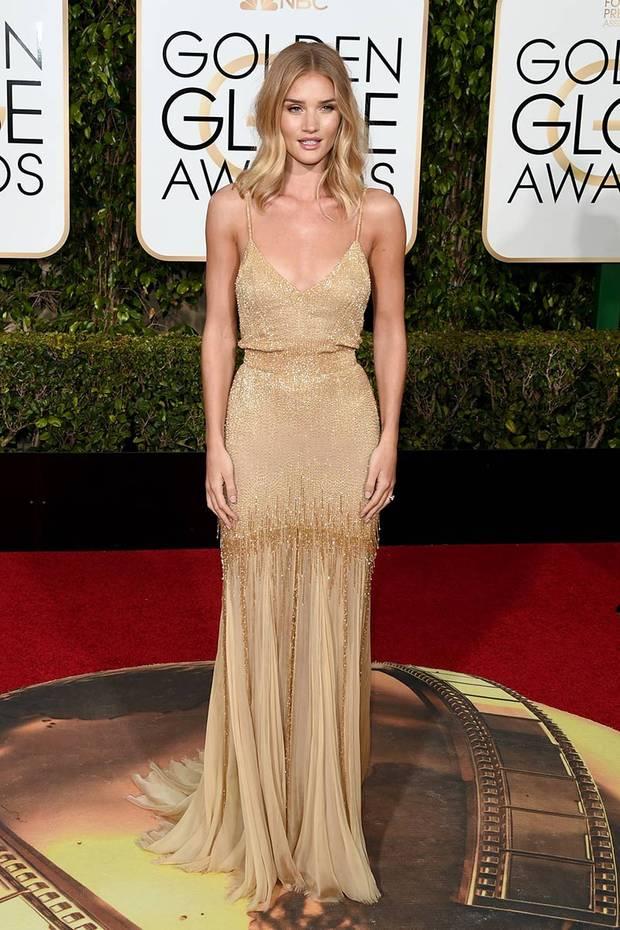 ganadoras estilo Globos de Oro Rosie Huntington