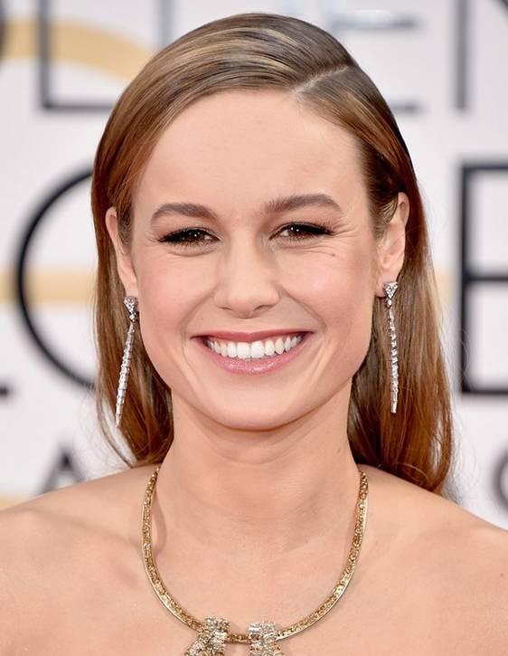 raya al lado vanidad Brie Larson