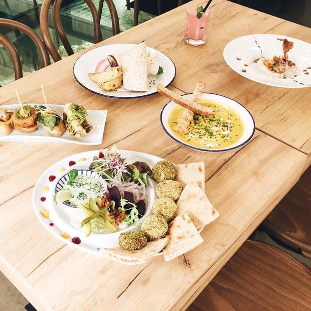 5-restaurantes-de-moda-para-cenar-en-pareja-por-menos-de-50e-sofood-zaragoza-02