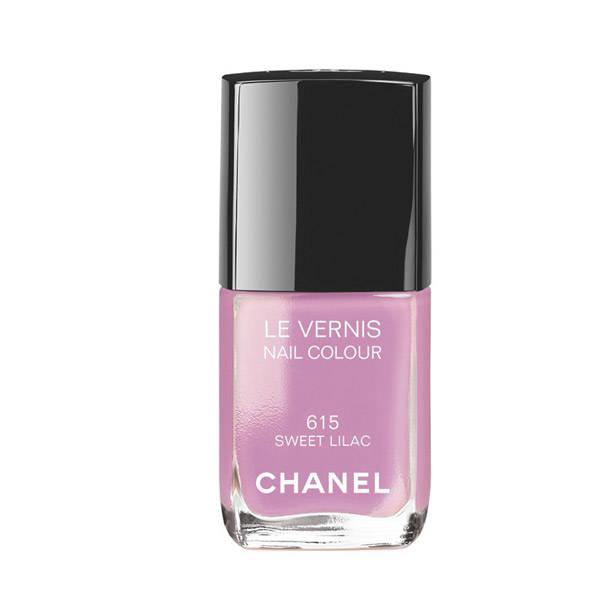 Laca de uñas tono Sweet Lilac de CHANEL