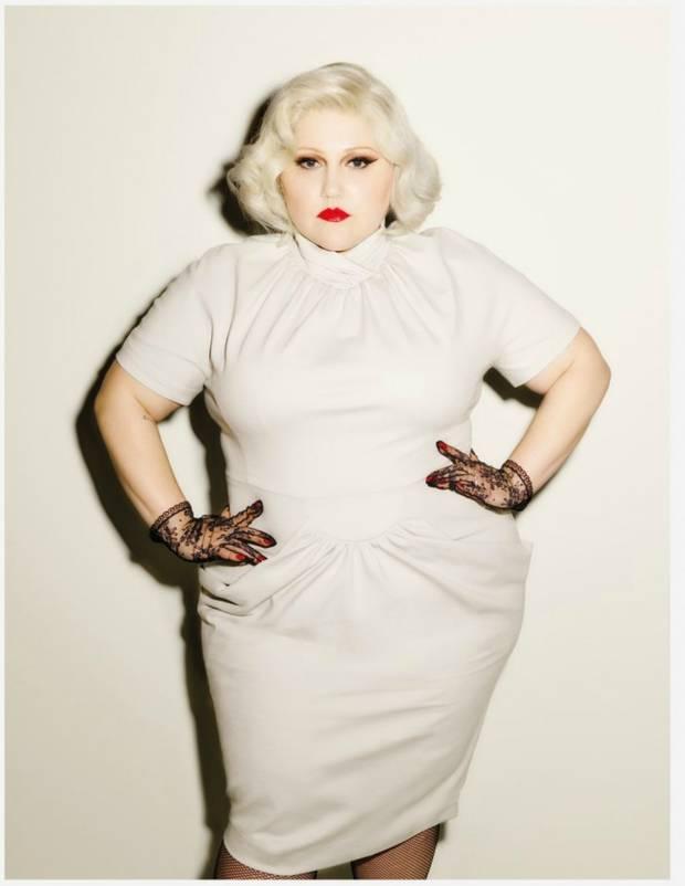 Asi es la linea de moda curvy de Beth Ditto 2
