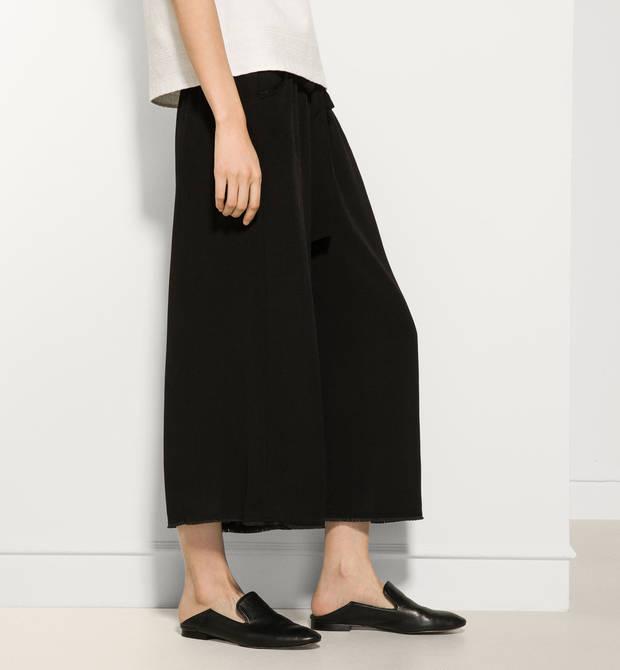 10-prendas-de-amancio-ortega-que-tu-armario-necesita-pantalones-culotte-massimo-dutti