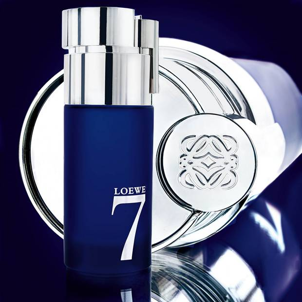 5 esenciales viajar con estilo loewe 7 perfume