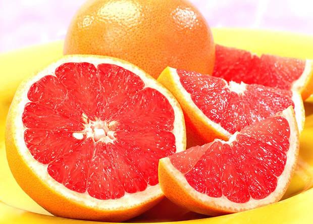 10 super comidas que mejoran tu vida pomelo rojo