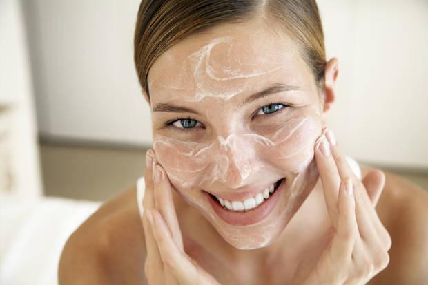 gestos cotidianos que funcionan para cuidar tu piel 4