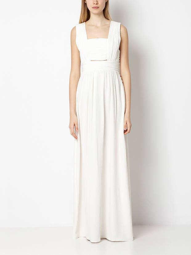 Los_vestidos_blancos_son_para_el_verano_intropia