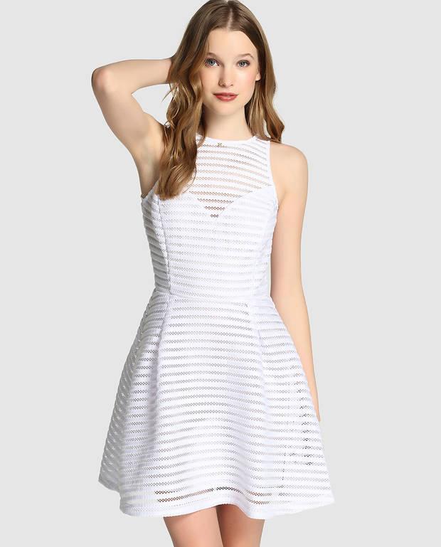 Vestidos blancos fresquitos