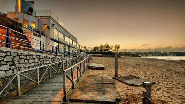 7-terrazas-que-no-pueden-faltar-en-tu-agenda-estival-balneario-la-concha-santander