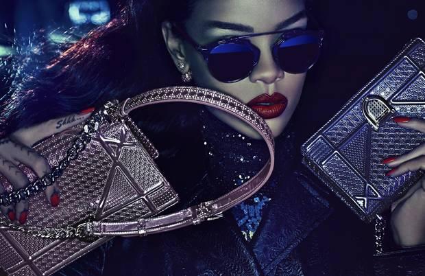 Hadid y otras chicas_Dior_rihanna-dior-vanidad