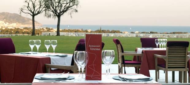 terrazas-que-no-pueden-faltar-en-tu-agenda-estival-restaurant-verema-sitges-hotel-dolce