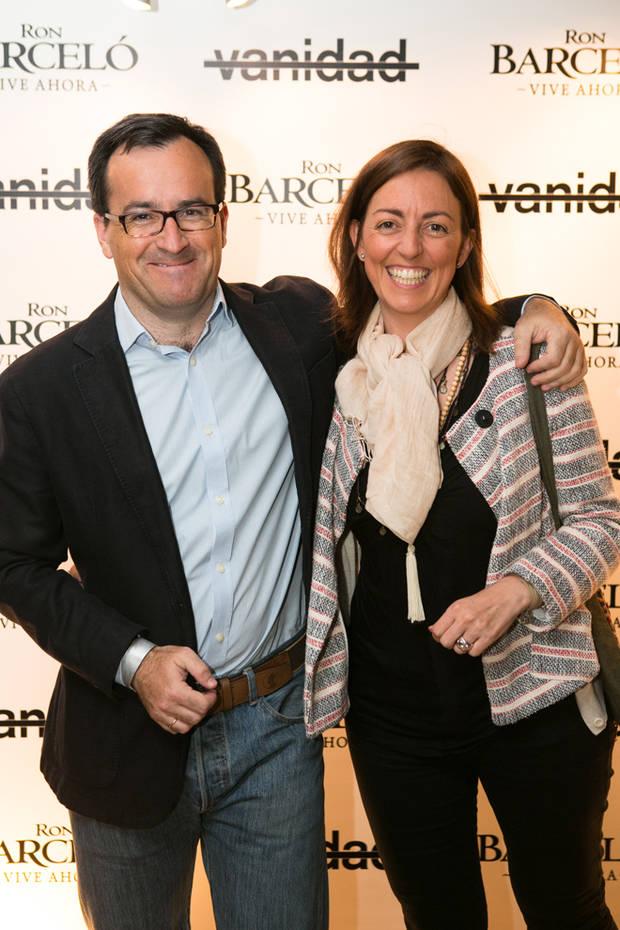 Fernando Letamendía de Esdiario y su esposa
