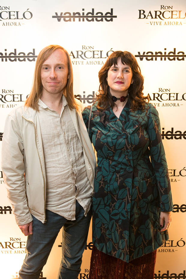 La redactora de Vanidad Carmen Cocina con su novio