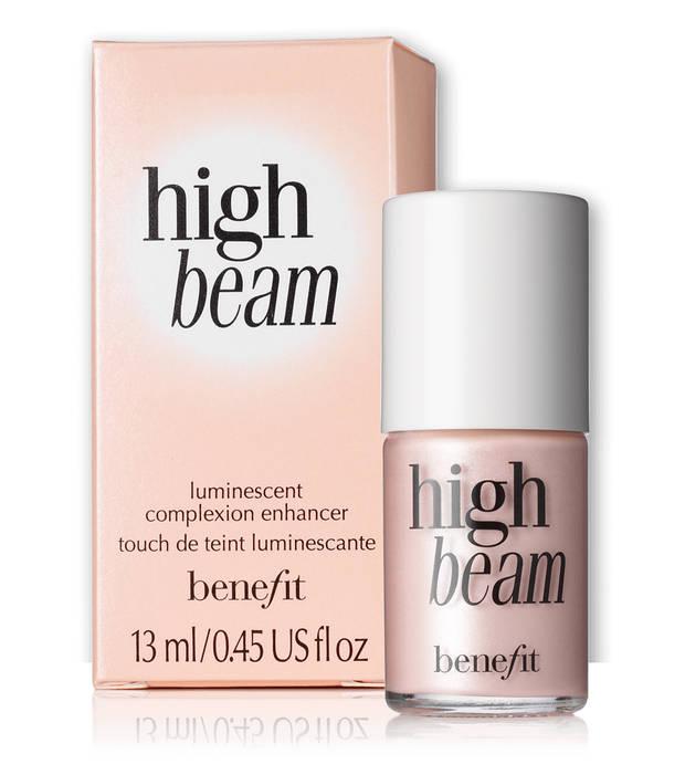 skin-fetish-el-iluminador-favorito-de-las-beauty-addicts benefit - vanidad - 13