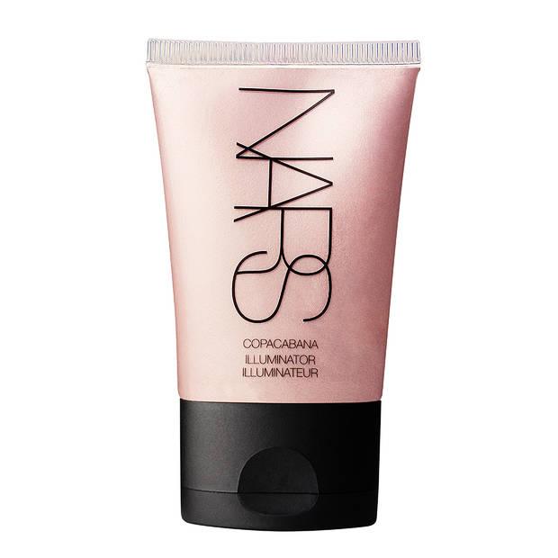 skin-fetish-el-iluminador-favorito-de-las-beauty-addicts Nars - vanidad - 8