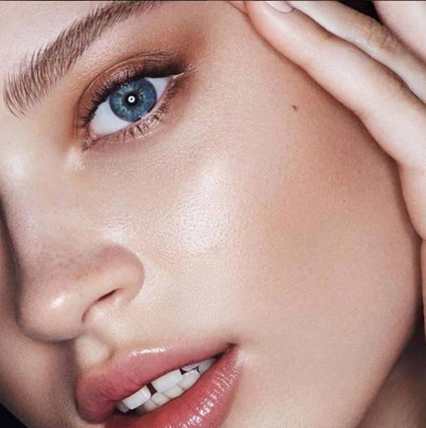 skin-fetish-el-iluminador-favorito-de-las-beauty-addicts vanidad - 7