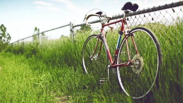 4-claves-para mantener-tu-cuerpo-en-vacaciones-bicicleta
