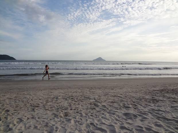 4-claves-para mantener-tu-cuerpo-en-vacaciones-playa