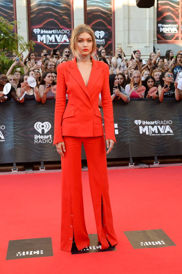 looks impactantes semana Gigi Hadid