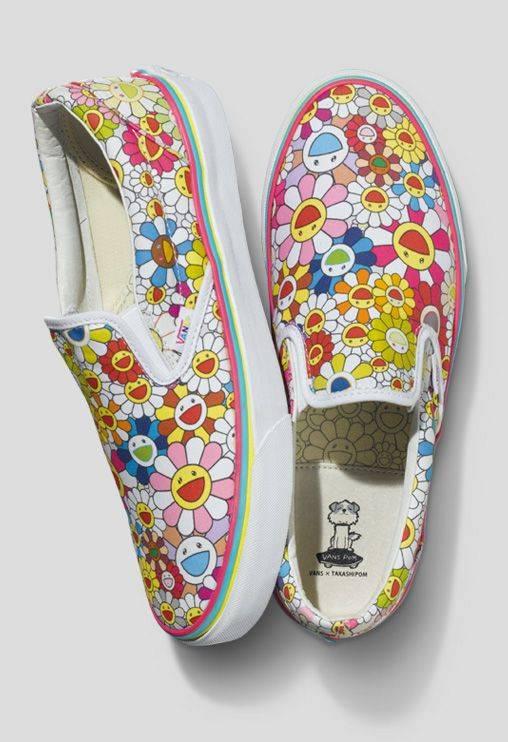 zapatos_artistas_murakami