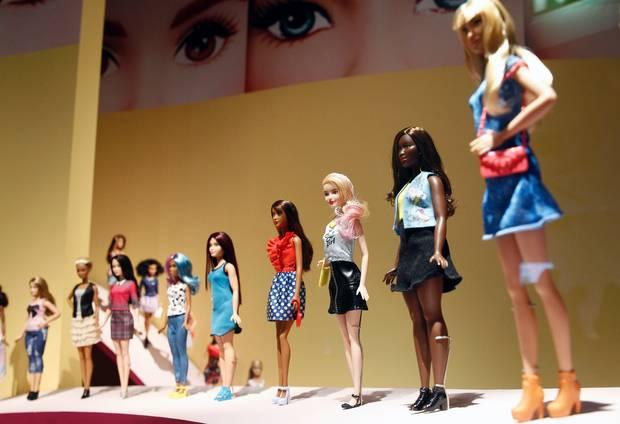 Exposiciones de moda para dar la vuelta al mundo Barbie 9