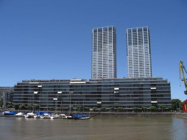 Paseo verano por Buenos Aires_arquitectura moderna puerto
