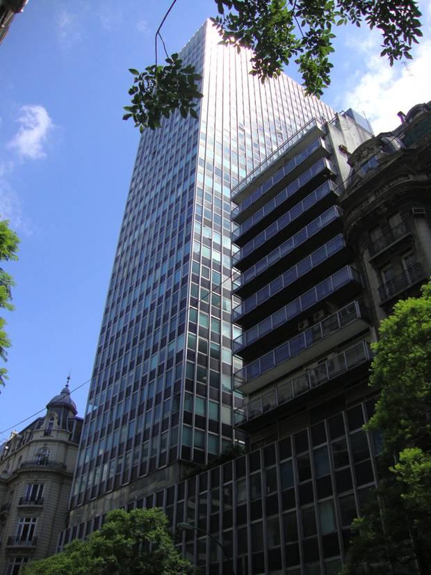 Paseo verano por Buenos Aires_moderna_torre brunetta