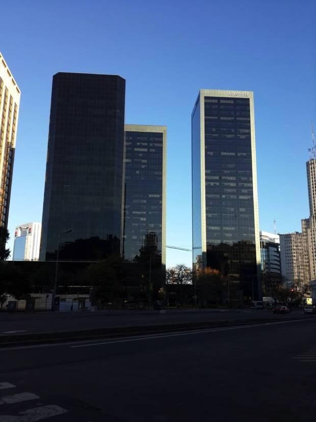 Paseo verano por Buenos Aires_moderna_torres catalinas