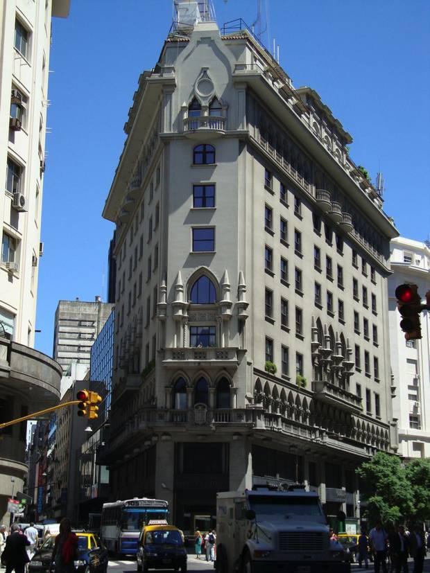 Paseo verano por Buenos Aires_neogotica1