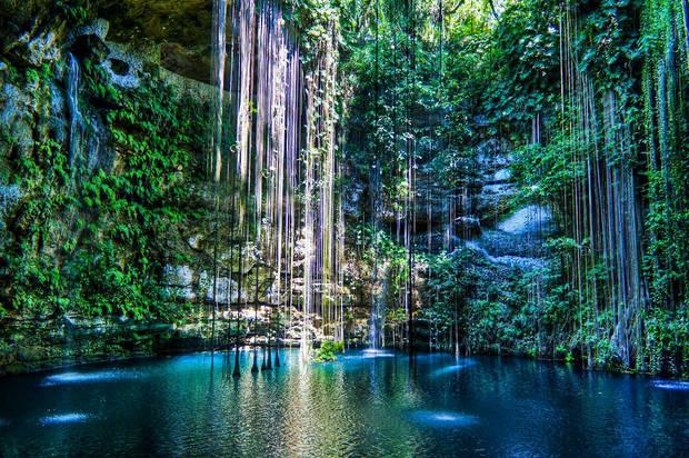 lagos_y_piscinas_naturales_cenote_ik_kil_mexico