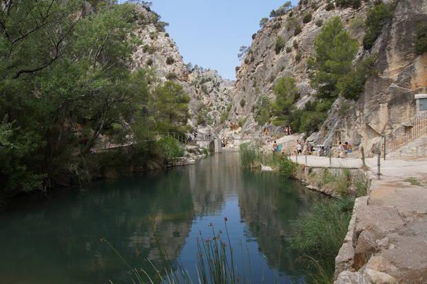lagos_y_piscinas_naturales_la_fontcalda_españa