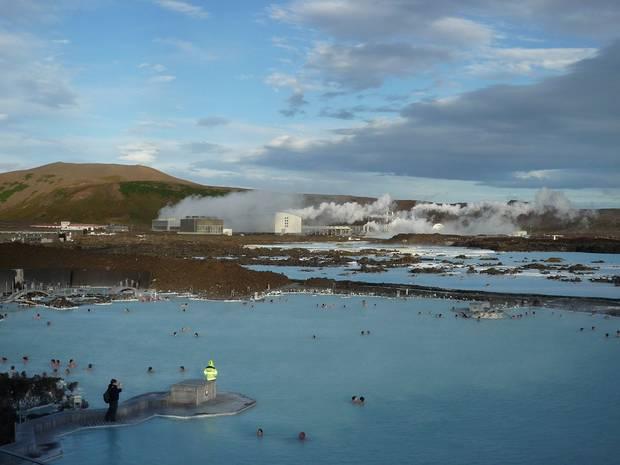 lagos_y_piscinas_naturales_la_laguna_azul_islandia