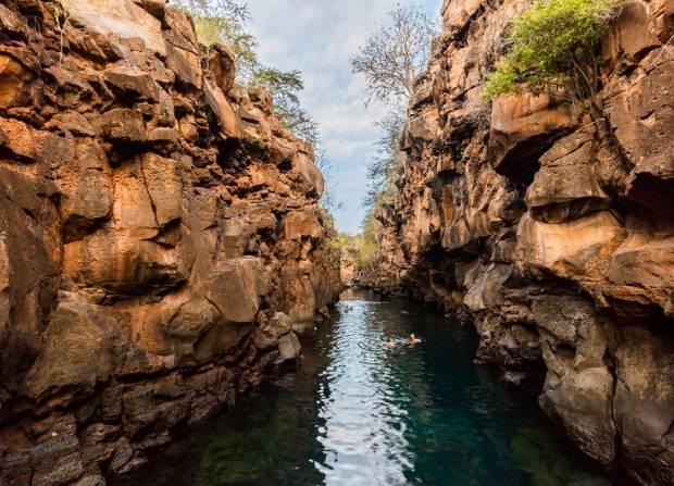 lagos_y_piscinas_naturales_las_grietas_ecuador