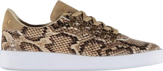 these-shoes-are-made-for-working-el-calzado-todoterreno-estrella-cruyff-classics-print-animal