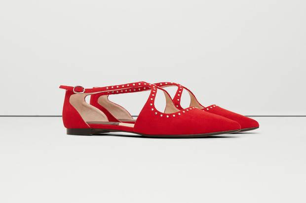 these-shoes-are-made-for-working-el-calzado-todoterreno-estrella-mango