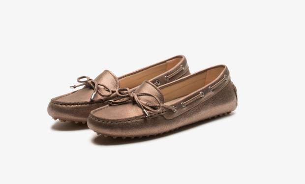 these-shoes-are-made-for-working-el-calzado-todoterreno-estrella-massimo-dutti
