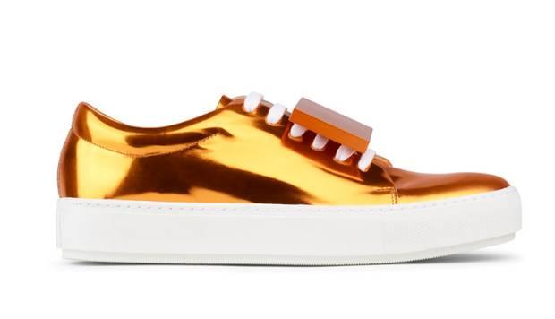 these-shoes-are-made-for-working-el-calzado-todoterreno-estrella-sneakers-acne-studios