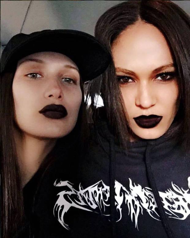 labios-ahora-se-visten-de-negro_joan-smalls-vanidad-4