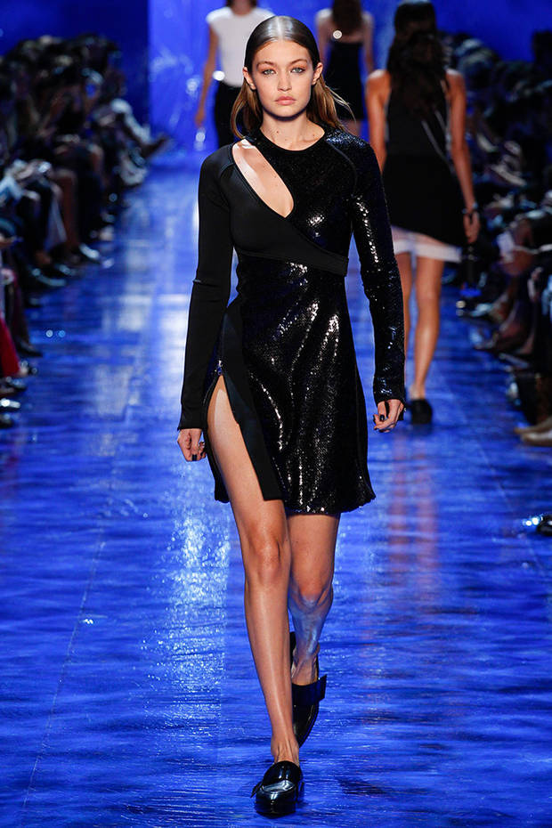 paris_fashion_week_looks_mugler_amancio