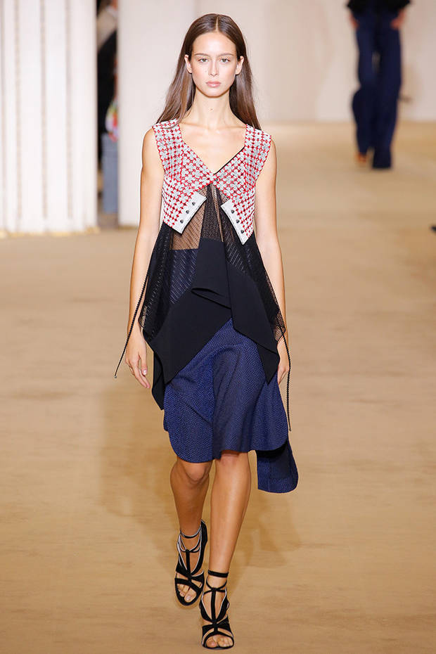 paris_fashion_week_looks_roland_mouret_amancio
