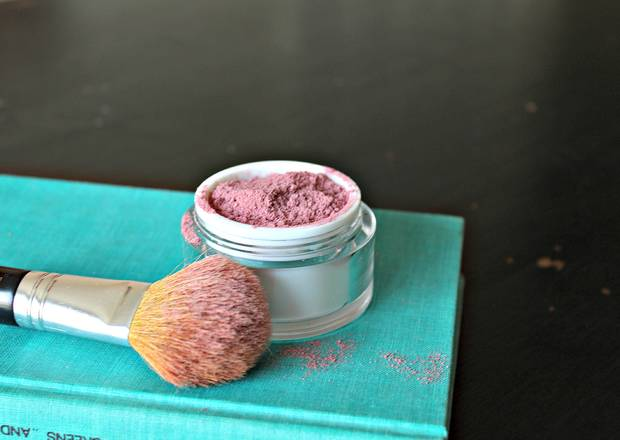 maquillaje_diy-make-up-blush