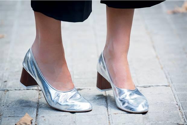 granny-shoes-metalizados