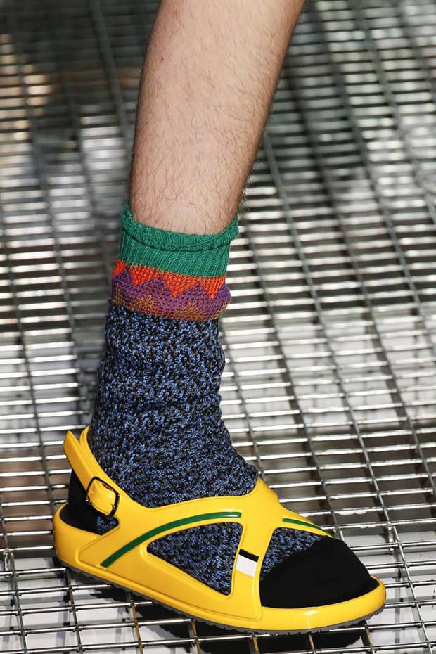 calcetines-prada-imagen-2
