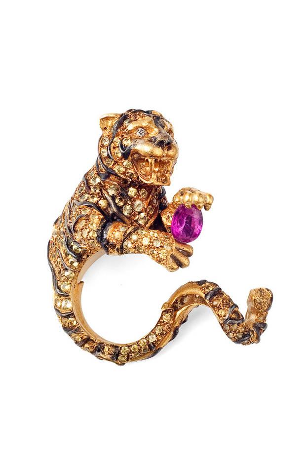 caprichos-anillo
