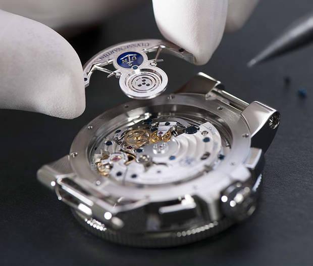 lujo-arte-simplicidad-reloj-marine-chronograph-annual-calendar-1