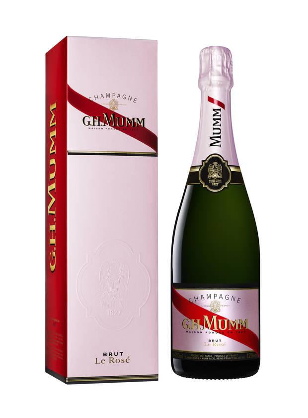 san valentin pareja champagne