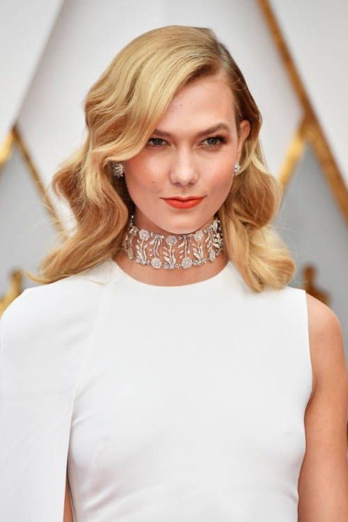 oscars beauty karlie