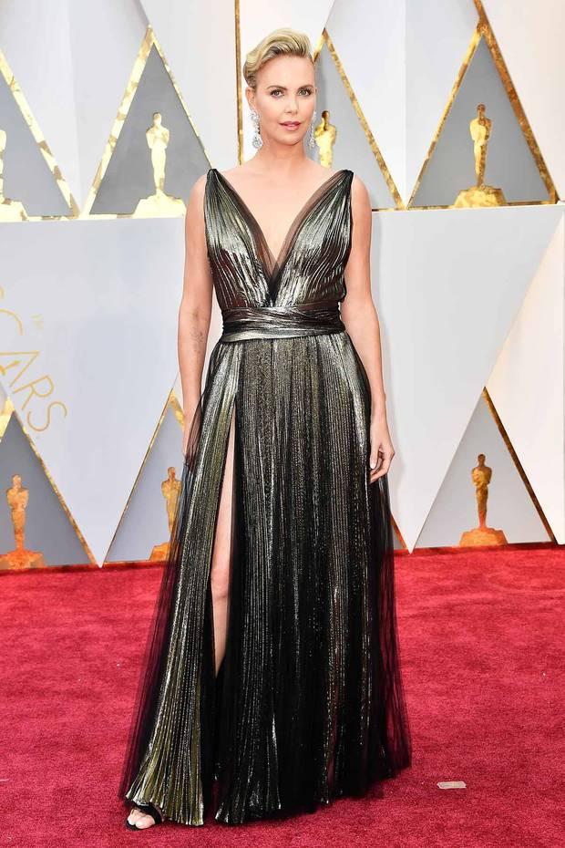 Oscars_2017_Charlize_Theron