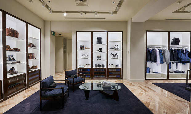 flagship store massimo dutty